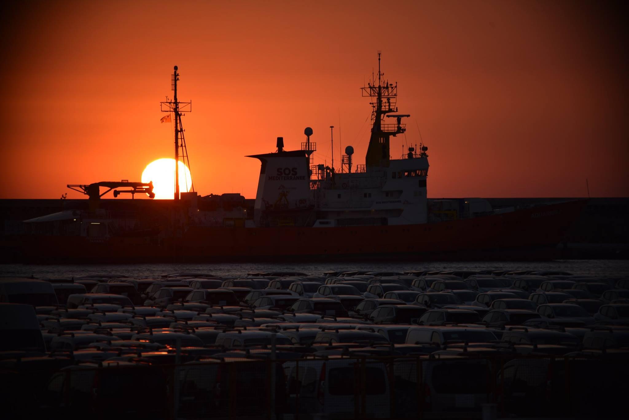 Kitoloncolás, megfigyelés, kínzás: az év eleje óta legkevesebb 87 ember hunyt el a földközi-tengeri hullá…