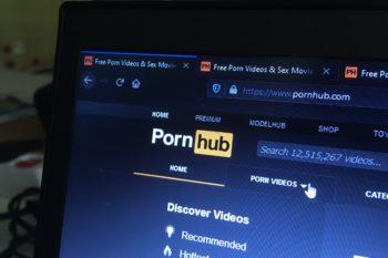 Pornhub pornó