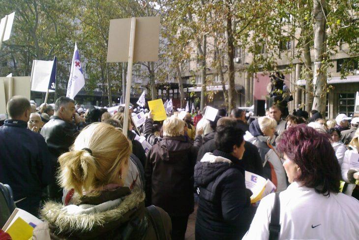 szerb egészségügyi dolgozók sztrájk