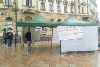 szavazósátor Pécs előválasztás
