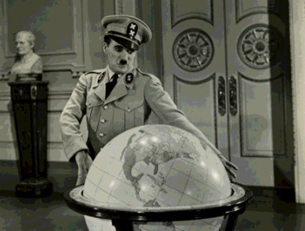 """""""A benzin kell nekik, de nem kapják meg!"""" – Indul a PTI második világháborús podcastsorozata!   PTI"""